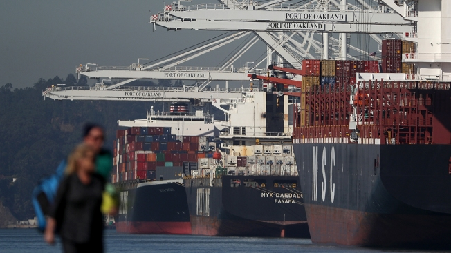 US Economic Growth Revised Down Slightly to 2.5 Pct. in Q4