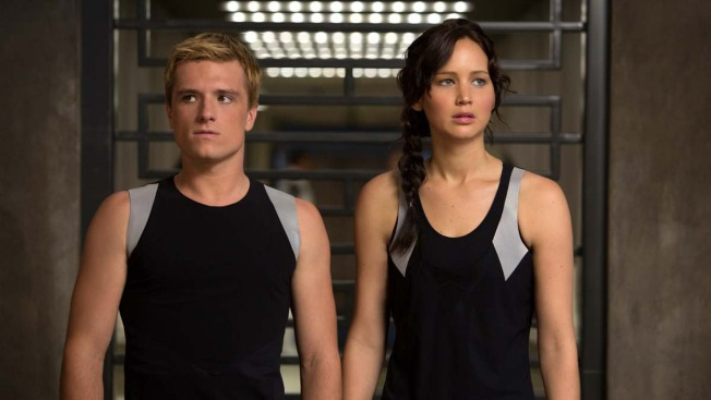 """Catching Fire,"" ""Frozen"" Break Box Office Records"