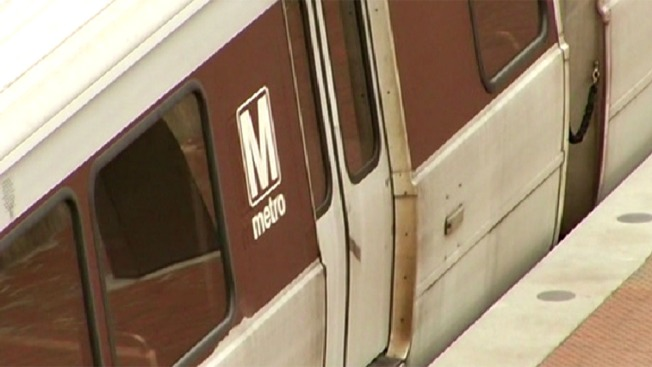 Delays on Metro's Orange, Blue and Silver Lines After Arcing Insulator