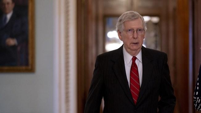 Aide: Sen. Mitch McConnell Trips, Breaks Shoulder in Kentucky