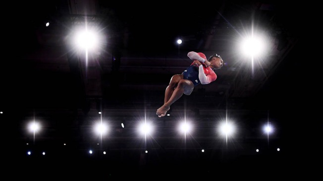 Simone Biles Sets New Record as US Wins World Gymnastics Team Gold