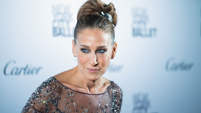 Sarah Jessica Parker Cuts Ties With EpiPen Maker After Price Hike