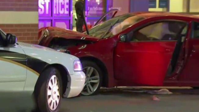 Man Shot Car Crashes Outside Westfield Wheaton Mall Nbc4 Washington