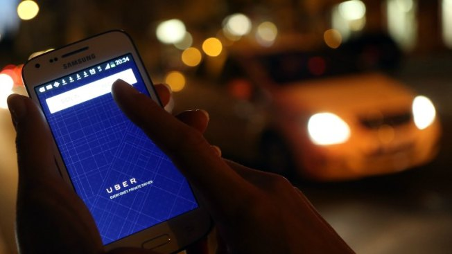 McAuliffe Signs New Va. Law Regulating Ride-Sharing Companies