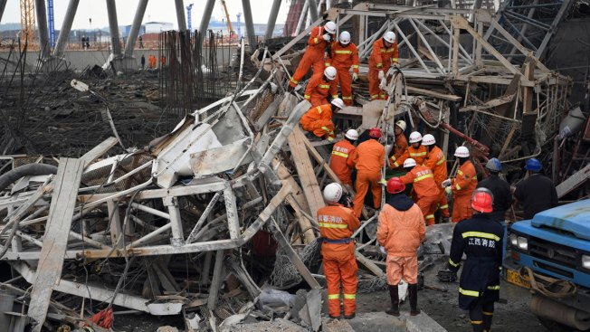 74 Killed in East China Scaffolding Collapse