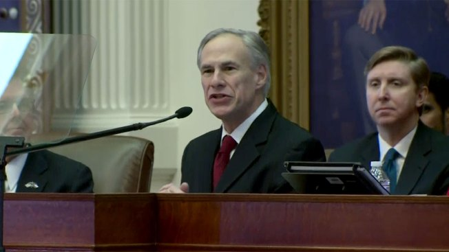 'Coward' Texas Governor Signs Bill Banning Sanctuary Cities