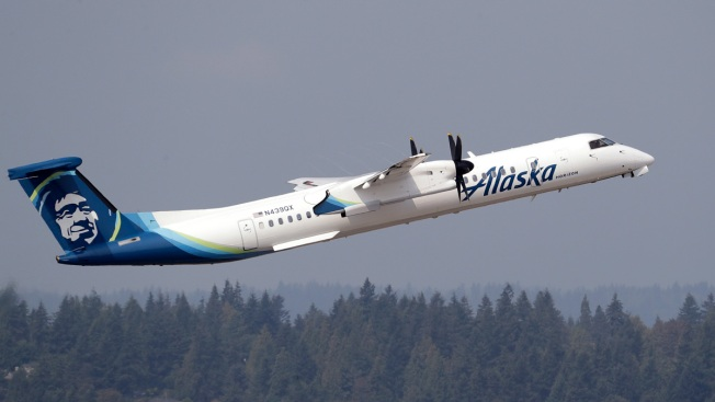 Alaska Airlines Flight Odor Sickens Passengers, Crew