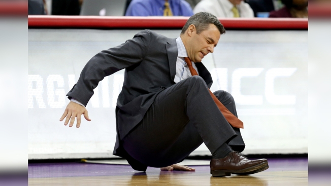 U.Va. Coach Bennett Collapses, Returns During 81-45 Rout of Hampton