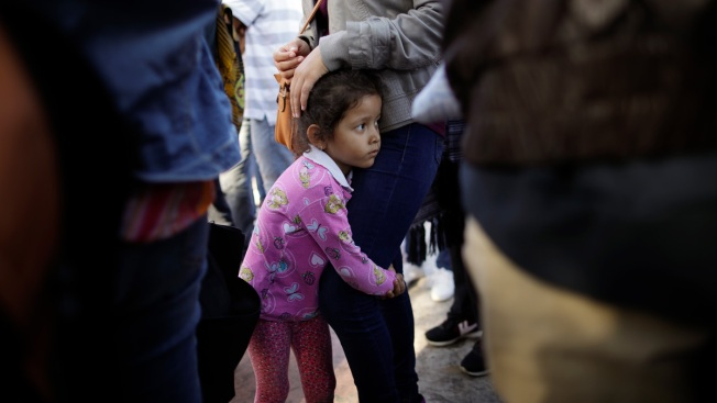 US Reverses Policy on Migrant Children's Sponsors
