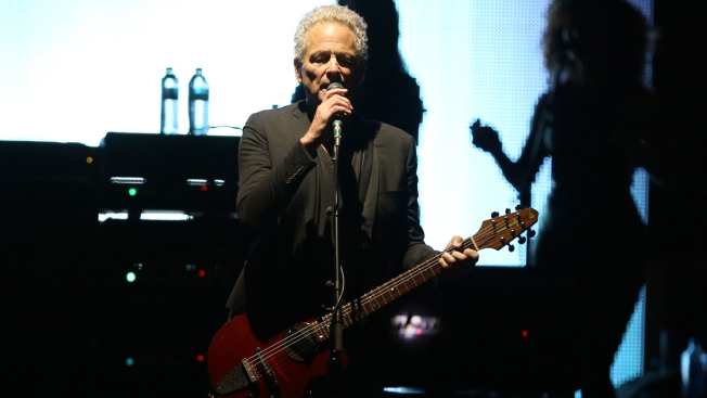 Lindsey Buckingham Sues Fleetwood Mac After Band Booted Him