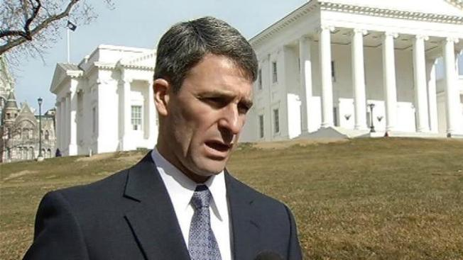 Ron Paul Endorses Cuccinelli in Va. Governor's Race