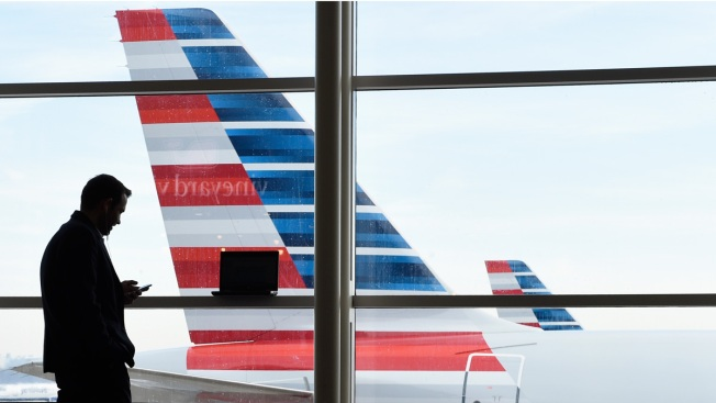 Flight Cancellations, Delays Persist in Wake of U.S. Blizzard