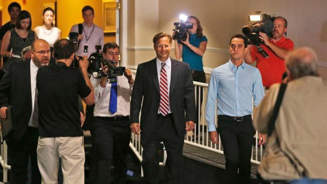 Republican Who Beat Cantor to Hold News Conference