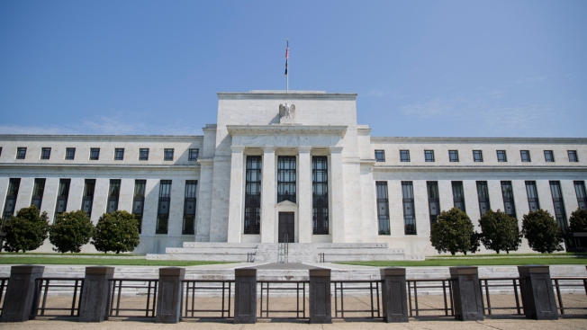 Fed Keeps Key Rate Unchanged While Signaling Future Hikes