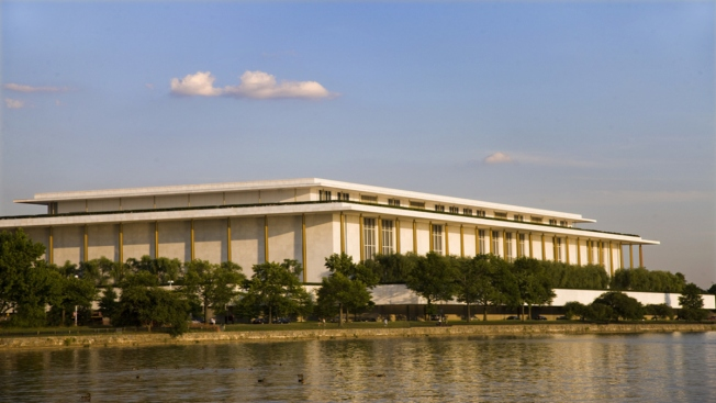 Kennedy Center Offering Free Yoga Classes