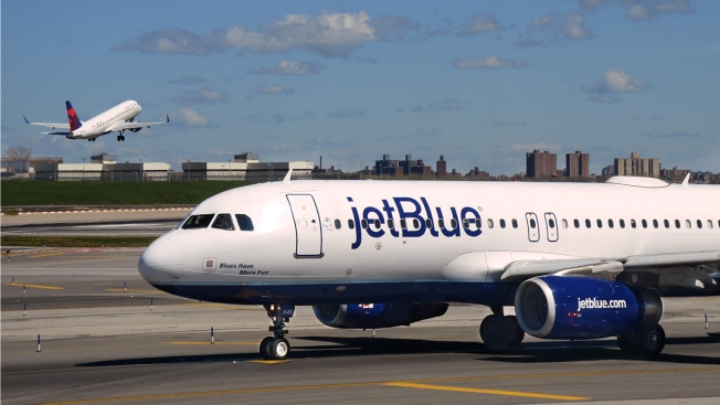 After Resisting For Years Jetblue Adds Checked Bag Fee