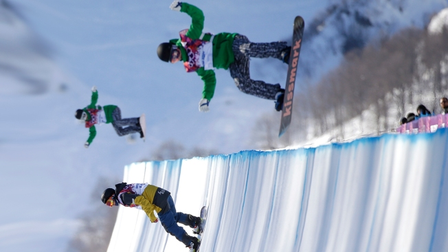 """Brutal"": Top Snowboarders Shaun White, Danny Davis Pan ""Brutal"" Sochi Halfpipe on Eve of Competition"