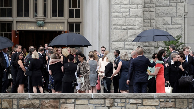 Mourners Flock to Kate Spade's Funeral Service