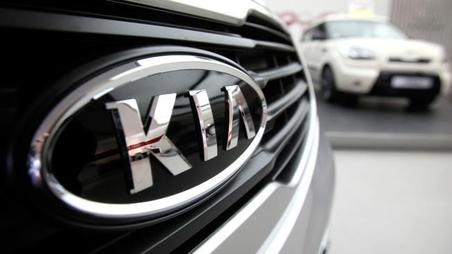 Kia recalls about 72K SUVs; electric short can cause fires