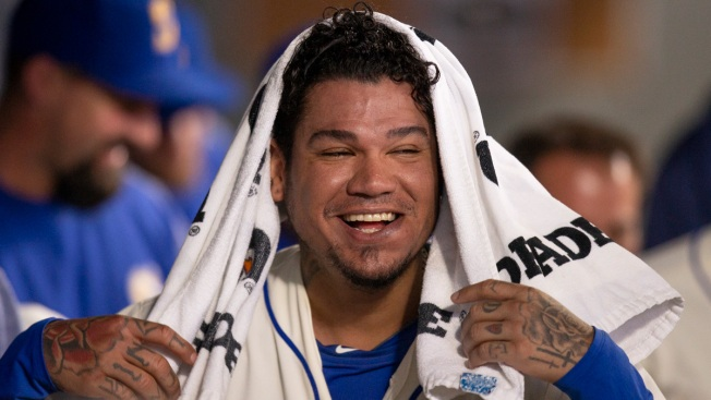 Seattle Mariners' Felix Hernandez Becomes US Citizen