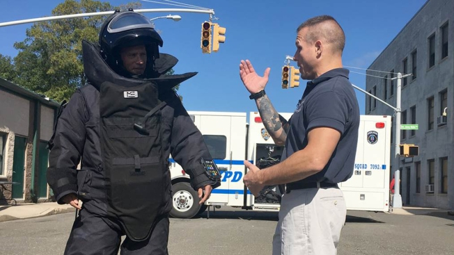 How NYPD's Bomb Squad Disabled Chelsea Device