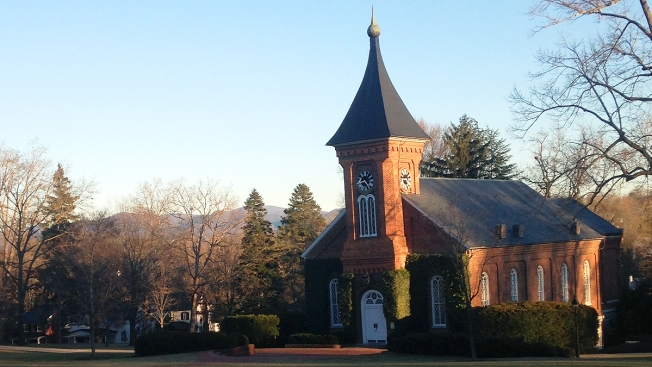 Confederate Battle Flags Removed From Washington & Lee University Chapel