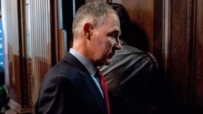 House, Senate Democrats Meet With Ex-Aide on Leave After Questioning Pruitt Spending