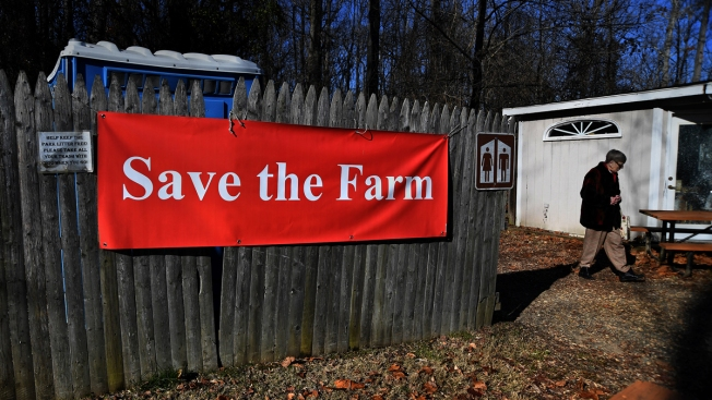 Colonial-Style Farm to Close Amid Dispute With Park Service