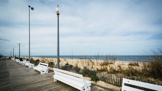 Tents, Umbrellas Larger Than 8' Banned From Rehoboth Beach