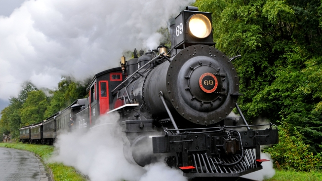 B&O Railroad Museum Hosts Witches & Wizards Day From Platform 2 3/4