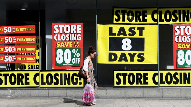ae6e1f962ccf9 Brick-and-Mortar Stores Are Closing. Some major retailers