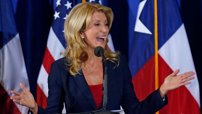 Democrat Wendy Davis Made $284K in 2012