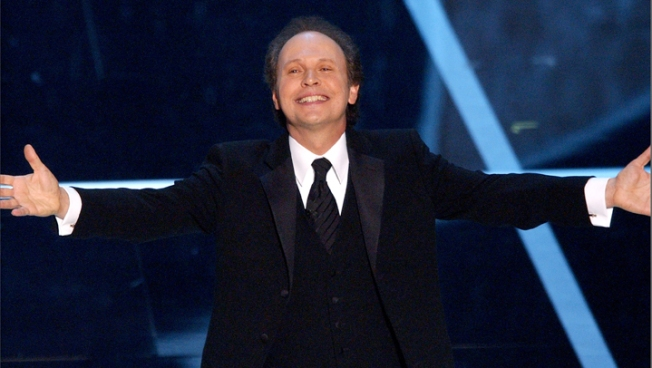 "Oscars Regular Billy Crystal ""Itchy"" To Host Again"
