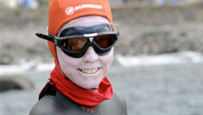Meet the 1st  Woman to Swim the Atlantic Ocean