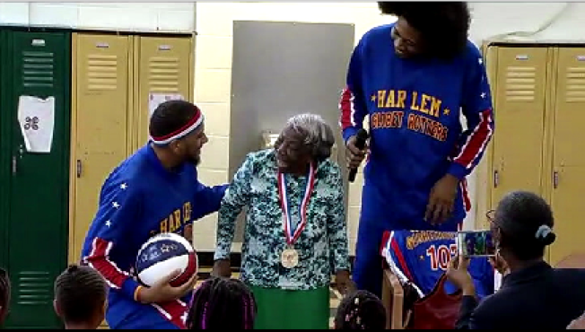 Harlem Globetrotters Celebrate Virginia McLaurin, the 107-Year-Old White House Dancer