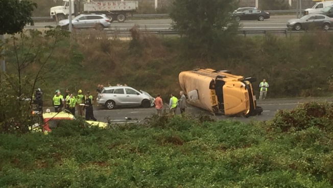 School bus overturns in USA state of Maryland, 5 injured