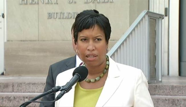 DC Mayor to Announce New HIV Treatment Effort