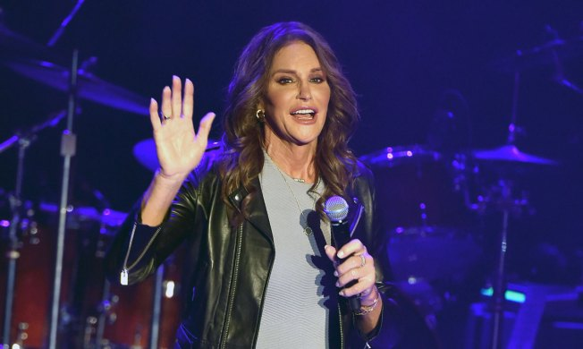 Caitlyn Jenner to Embark on Speaking Tour Called 'Up Close and Personal'