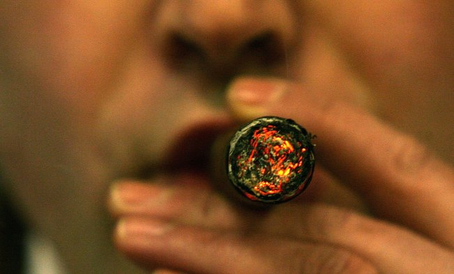 DC Councilman Wants Hotels to Allow Smoking for Special Events