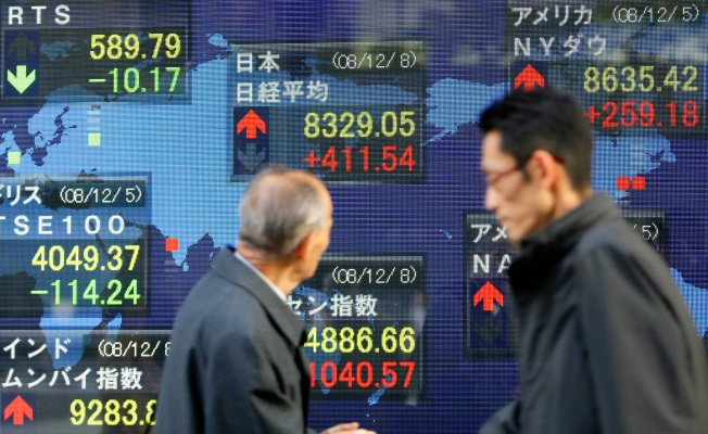 World Markets Rally on Gov't Stimulus Hopes