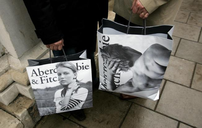 Abercrombie & Fitch Settles Suits Over Head Scarves