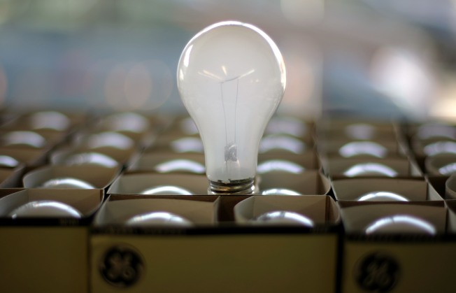 New Light Bulb Standards Survive Challenge