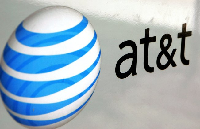 AT&T responds to cell outage questions: 'Restart your device'