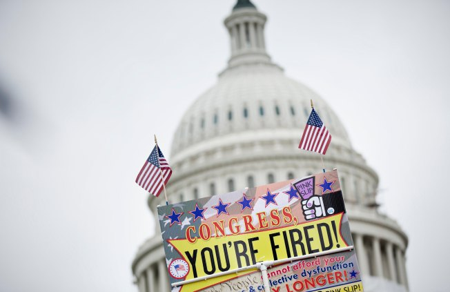 Poll: Battle for Congress Tightens Between Parties