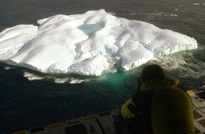 Ships Take to Arctic Ocean as Sea Ice Melts