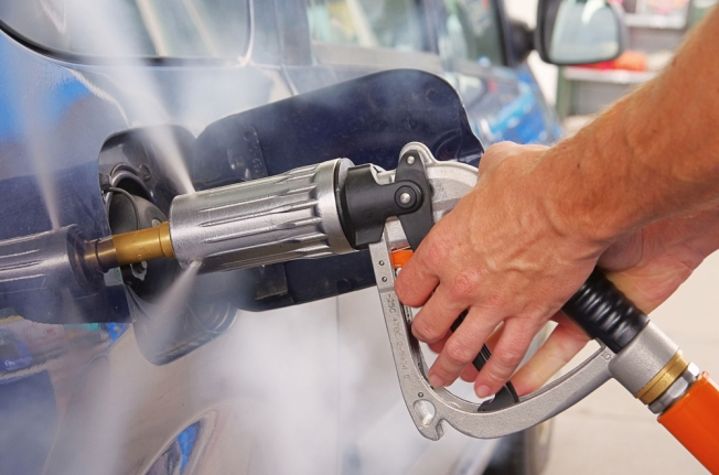 Gas Prices Expected to Stay High Through Election