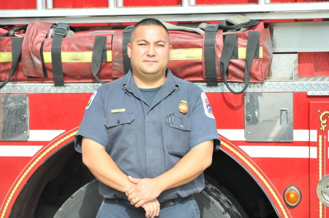 Off-Duty Firefighter Becomes Local Hero