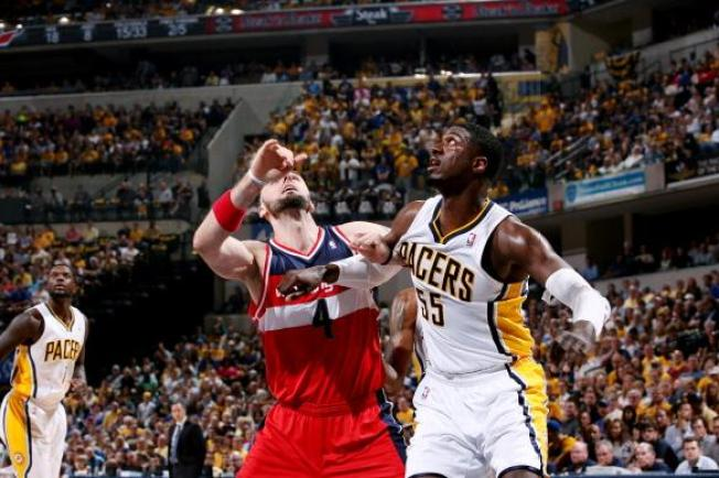 Pacers Overpower Wizards, Series Tied 1-1