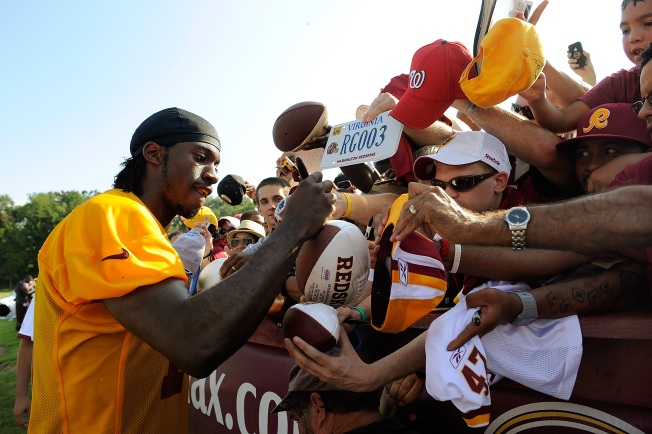 Redskins Hold Fan Appreciation Day