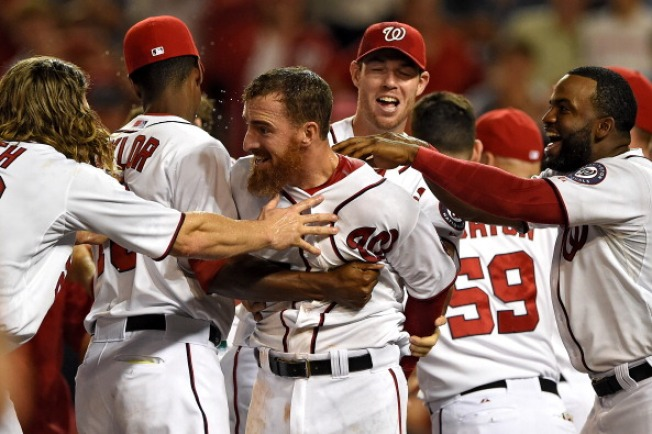LaRoche Homer Lifts Nats Over DBacks 5-4 in 11